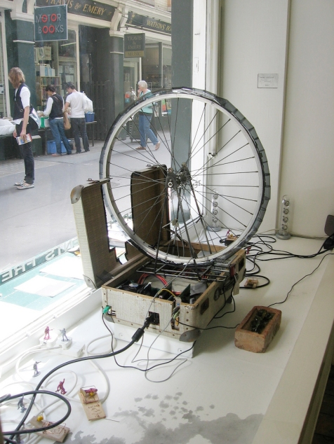 bike_wheel_sculpture